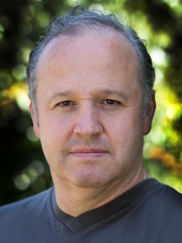 Peter OByrne headshot cropped color July 2013